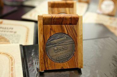 1024px-Marta_Boche_ska_medal_Sprawiedliwa_w_r_d_Narod_w__wiata.JPG