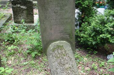 Grob_Szymona_Datnera-Grave_of_Szymon_Datner.JPG
