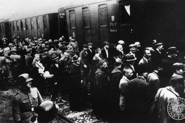 Auschwitz pierwszy transport 14.06.1940 Tarnów IPN wiki.jpg